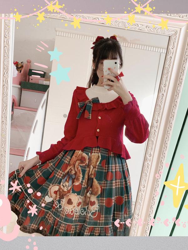 Hitomi's 「Lolita」themed photo (2020/01/16)