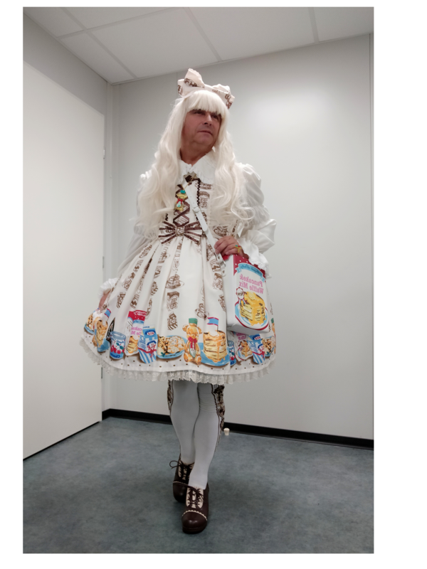 是Anaïsse以「Lolita fashion」为主题投稿的照片(2020/01/19)