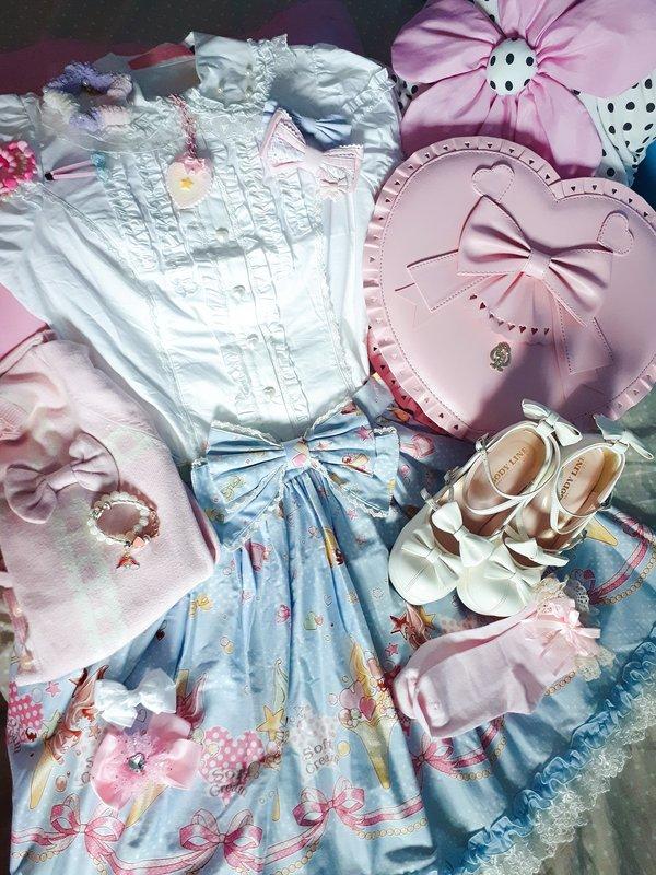NeeYumi's 「Lolita」themed photo (2020/02/27)