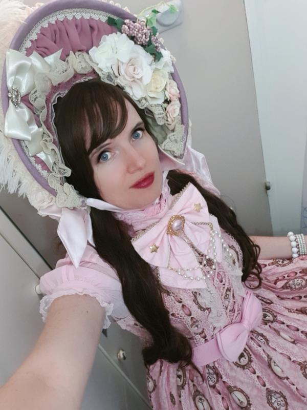 Lina Nekolitaの「Lolita」をテーマにしたコーディネート(2020/03/03)