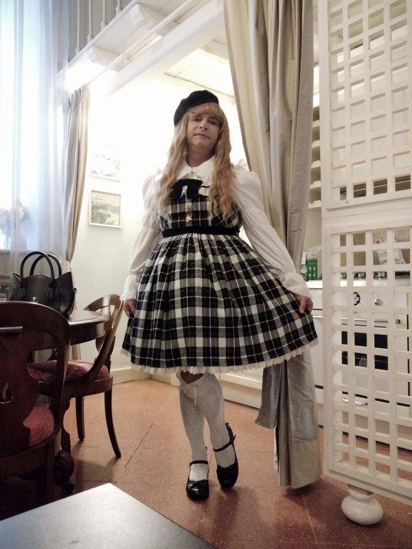 Anaïsse's 「Lolita fashion」themed photo (2020/03/08)