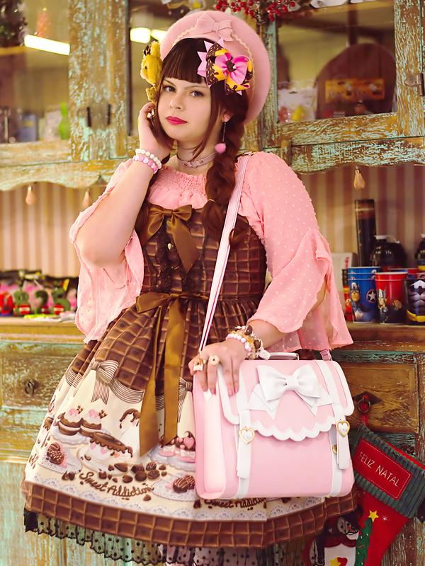 NeeYumi's 「Lolita」themed photo (2020/03/11)