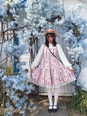 MIO's 「Lolita fashion」themed photo (2020/04/02)