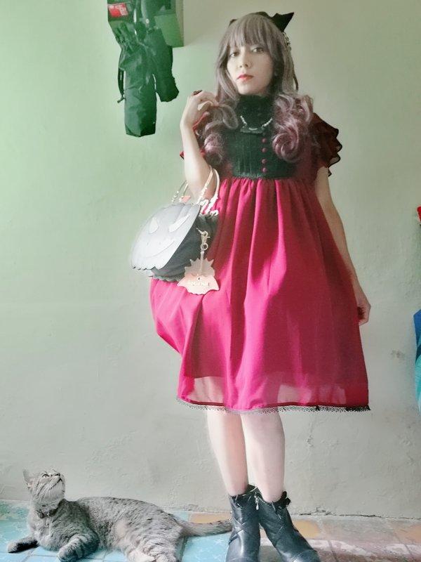 是Lizbeth ushineki以「Lolita」为主题投稿的照片(2020/04/21)