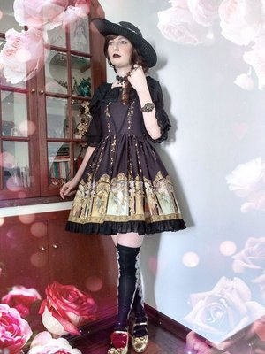 Annah Hel's 「Classic Lolita」themed photo (2020/04/21)