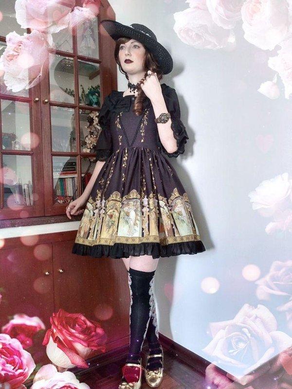 Annah Hel's 「Classic Lolita」themed photo (2020/04/21)