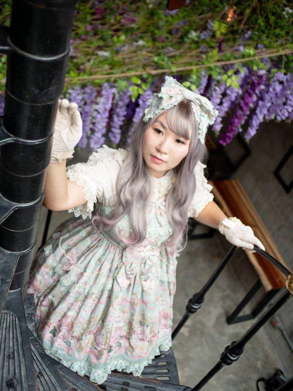 Joanna Yuen's 「Lolita」themed photo (2020/04/24)