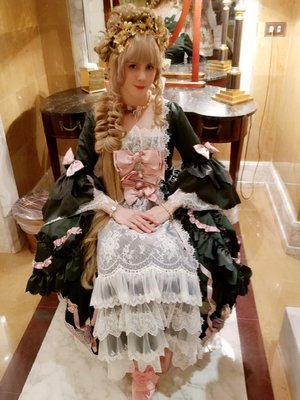 Denise Piton-Ji's 「Lolita」themed photo (2020/05/07)