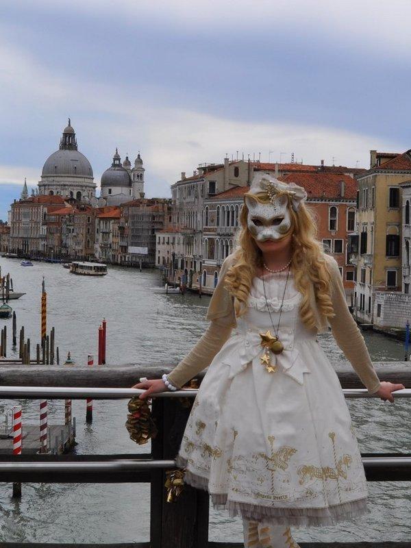 Lina Nekolitaの「Lolita」をテーマにしたコーディネート(2020/05/20)
