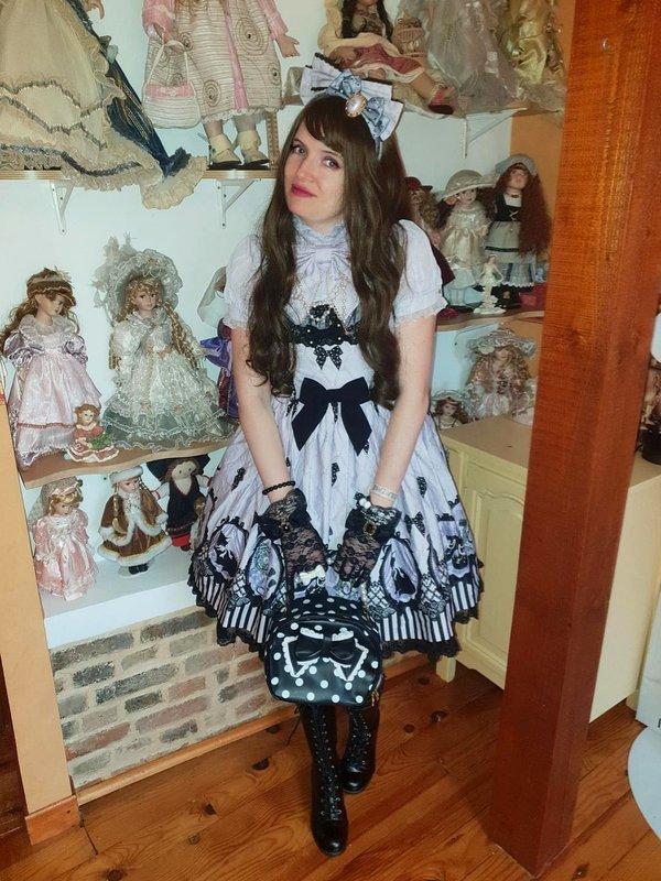 Lina Nekolitaの「Lolita」をテーマにしたコーディネート(2020/06/12)