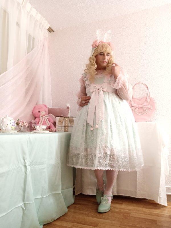 Anaïsse's 「Lolita fashion」themed photo (2020/07/10)