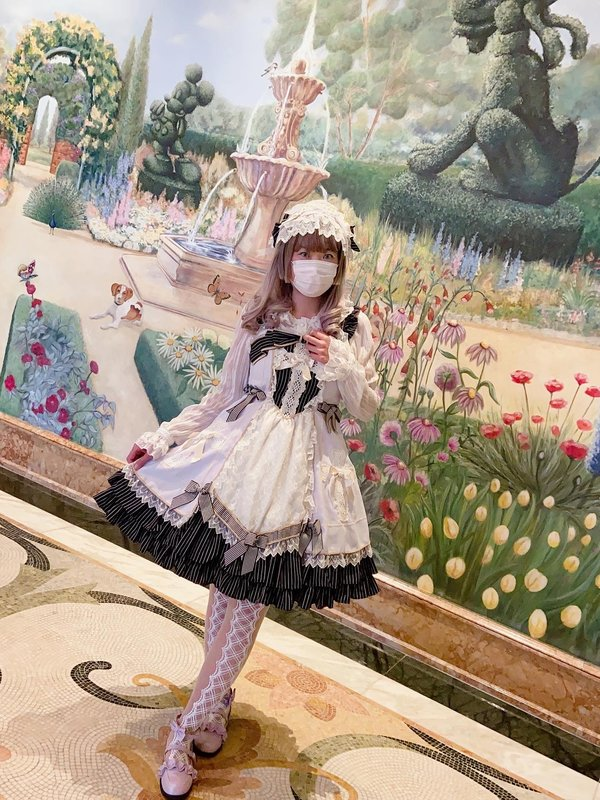 倖田兔子's 「Lolita」themed photo (2020/08/30)