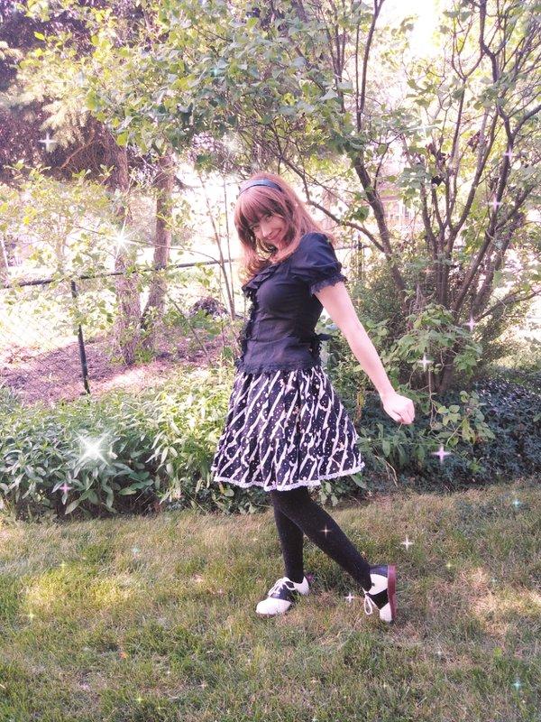 Emy's 「Lolita」themed photo (2020/09/06)