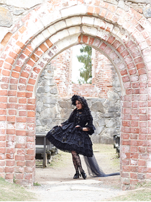 Marjo Laine's 「Gothic Lolita」themed photo (2020/09/12)
