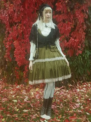 Sophia Magdalene's 「Fall」themed photo (2020/10/05)