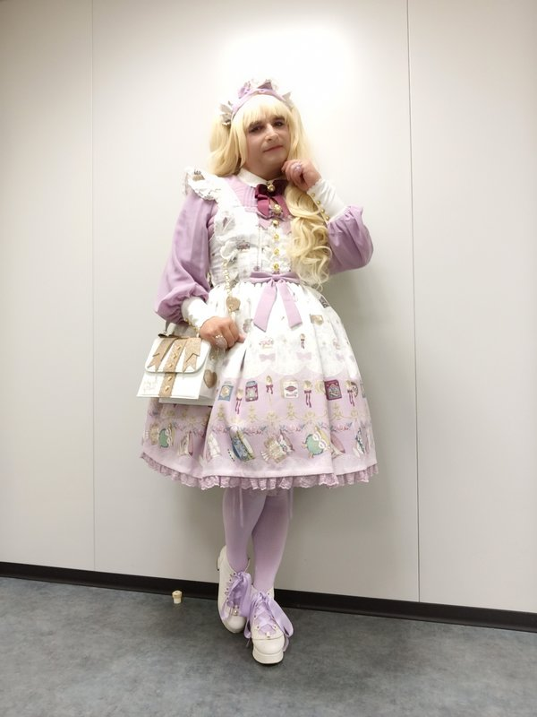 Anaïsse's 「Lolita」themed photo (2020/10/27)
