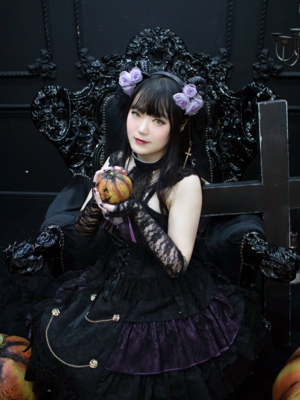 舞's 「ALICE and the PIRATES」themed photo (2020/11/04)