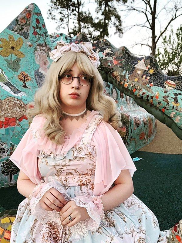 Jewelness's 「Classic Lolita」themed photo (2021/04/27)