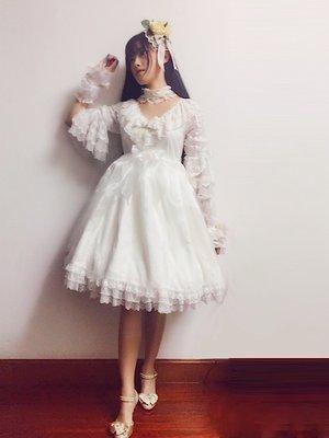 Neko阿柒の「花嫁」をテーマにしたコーディネート(2017/06/26)