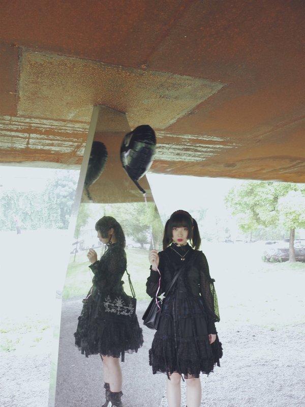 LINEWORM's 「h.naoto」themed photo (2017/06/28)
