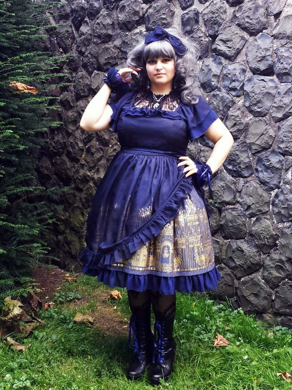 是EvilQueen以「Gothic Lolita」为主题投稿的照片(2017/07/01)