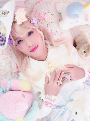 KerryLoli's 「Photoshoot」themed photo (2017/07/04)
