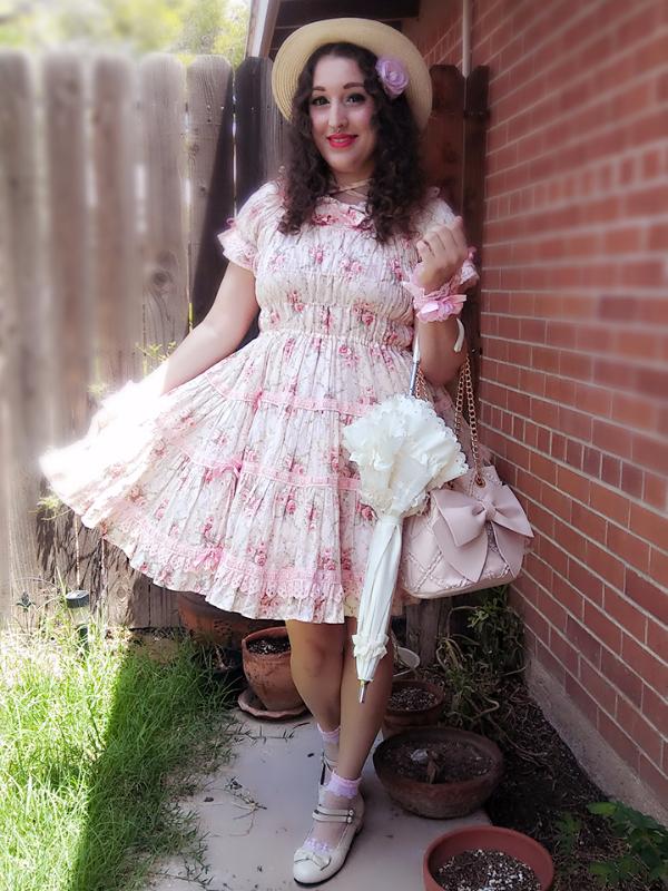 Candice Bear's 「Angelic pretty」themed photo (2017/07/18)