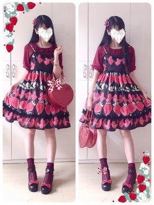 Hitomi's 「soft lolita」themed photo (2017/07/18)