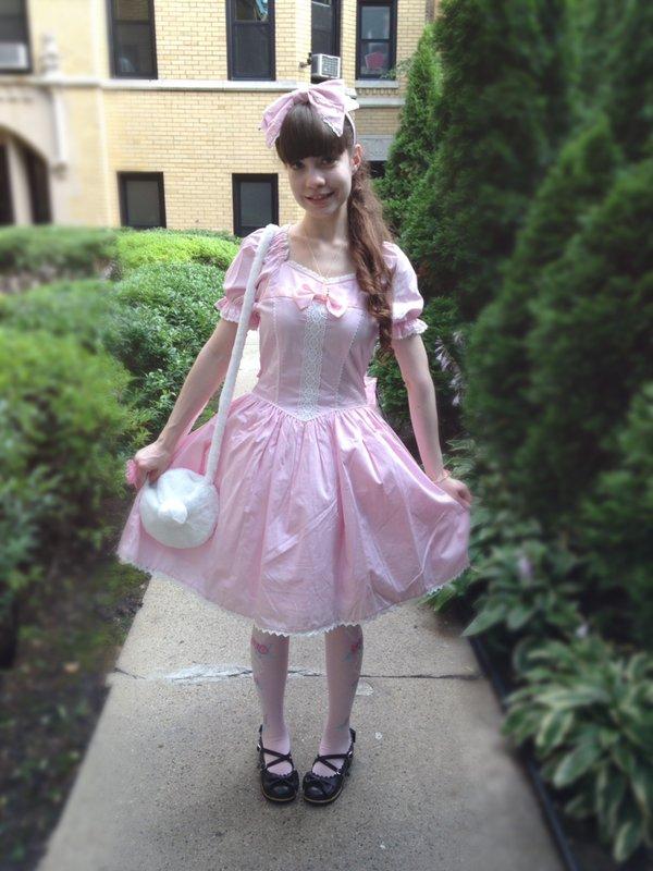 Alice's 「Angelic pretty」themed photo (2017/07/19)