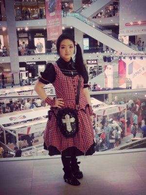 Qiqi's 「Gothic Lolita」themed photo (2017/07/29)