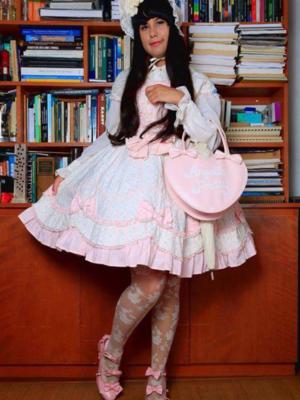 Ana Carolina Kusuki's 「AngelicPretty」themed photo (2017/07/31)