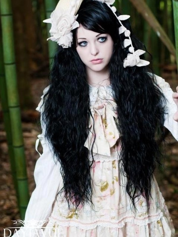 Amara's 「Lolita」themed photo (2016/07/20)