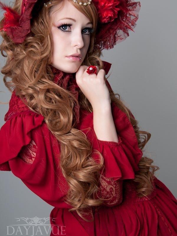 Amara's 「Lolita」themed photo (2016/07/21)
