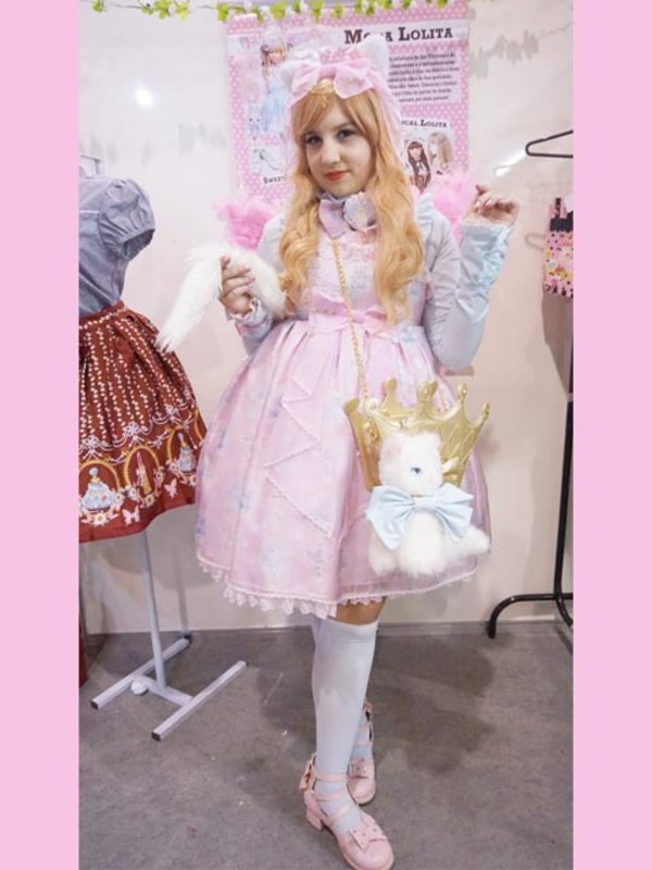 Gabriela Mion's 「Angelic pretty」themed photo (2017/08/12)