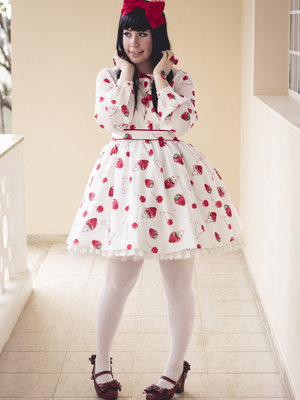 Princess V's 「To Alice」themed photo (2017/08/12)