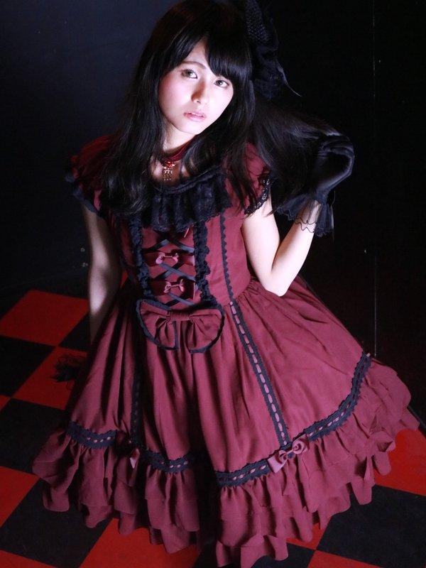 ami◡̈♥︎'s 「Gothic」themed photo (2016/07/22)