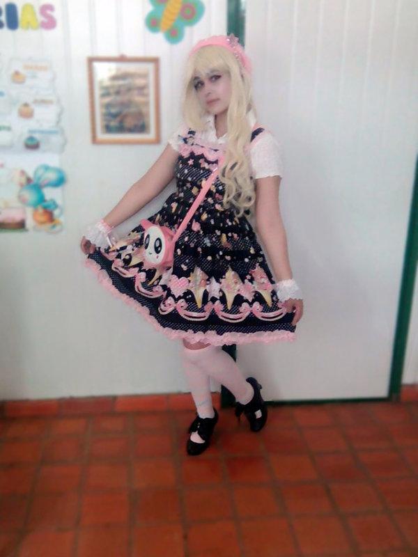 是Sandra Vallejos以「Sweet」为主题投稿的照片(2017/08/19)