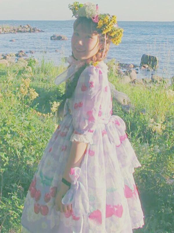 Ai Vu's 「Lolita」themed photo (2017/09/05)
