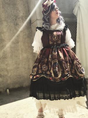 Leticia R da Silvaの「Classical Lolita」をテーマにしたコーディネート(2017/09/09)