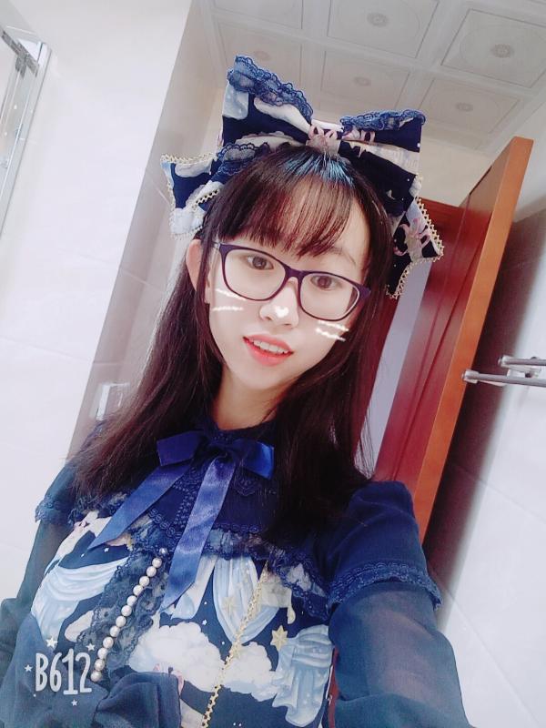 拂夏夏's 「Lolita」themed photo (2017/09/10)