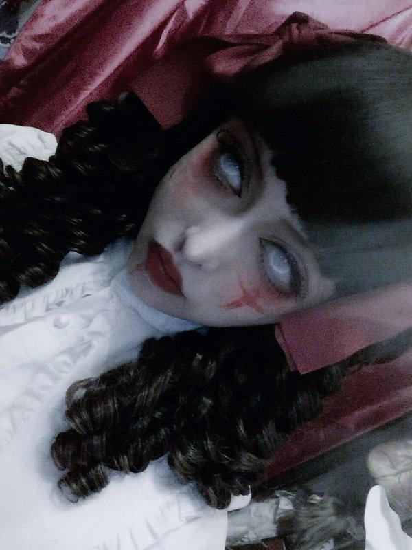 四月†DOLL's 「#ghost #Gothic」themed photo (2017/09/13)