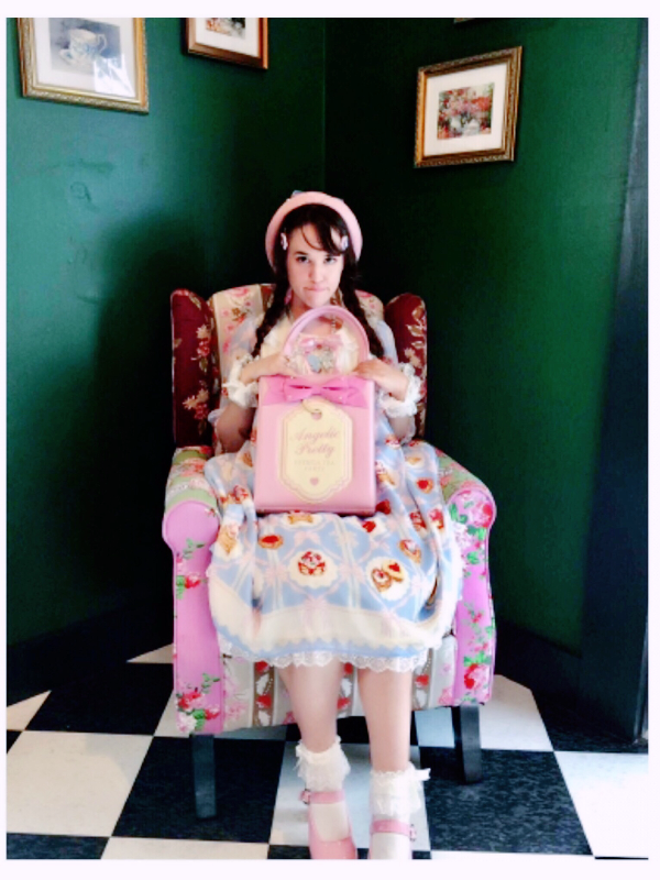 Kay DeAngelis's 「Angelic pretty」themed photo (2017/09/19)
