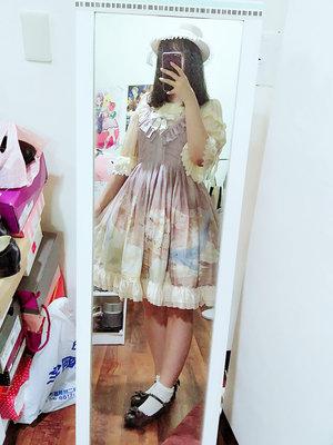 是Akine以「Classic Lolita」为主题投稿的照片(2017/09/30)