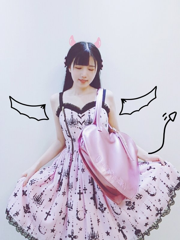 是可肉肉的喵喵以「Angelic pretty」为主题投稿的照片(2017/10/01)