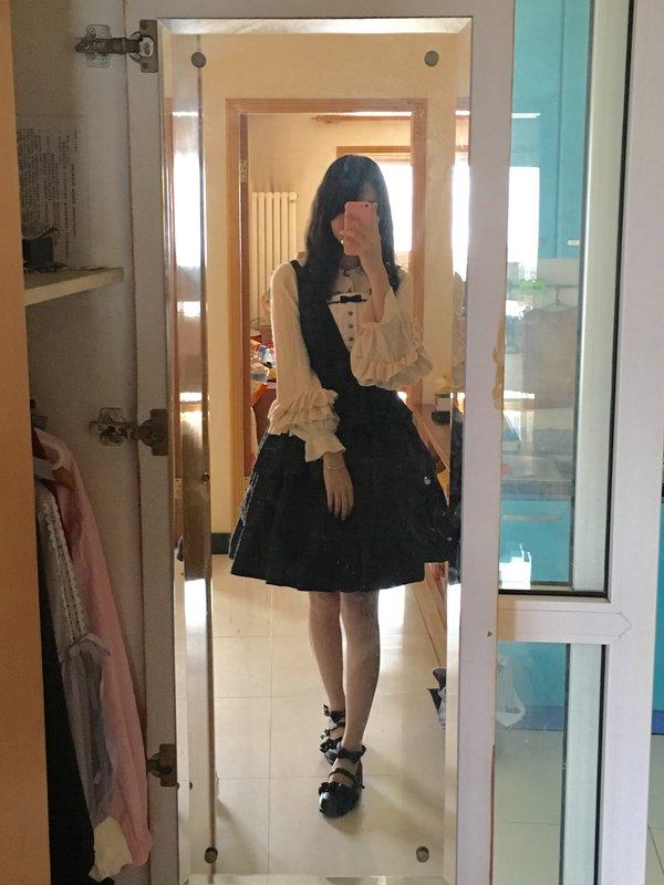 是Shiroya以「Classic Lolita」为主题投稿的照片(2017/10/03)