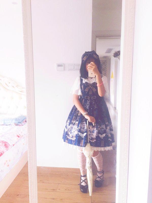 Sui 's 「Lolita」themed photo (2017/10/05)