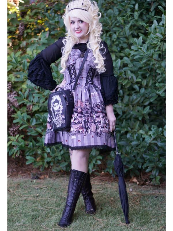 是Lulu以「creepy-spooky」为主题投稿的照片(2017/10/11)