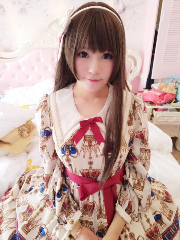 Nyako's 「Angelic pretty」themed photo (2017/10/18)