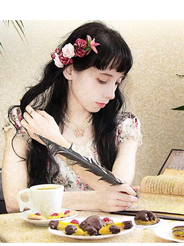 Vivian Cristina's 「Victorian maiden」themed photo (2017/10/21)