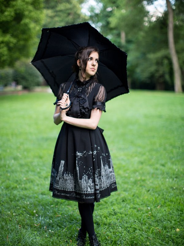 是Lyriel Aloisia von Lichtenwalde以「Lolita fashion」为主题投稿的照片(2017/10/22)